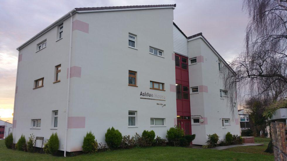 External Wall Insulation, Bron Afon